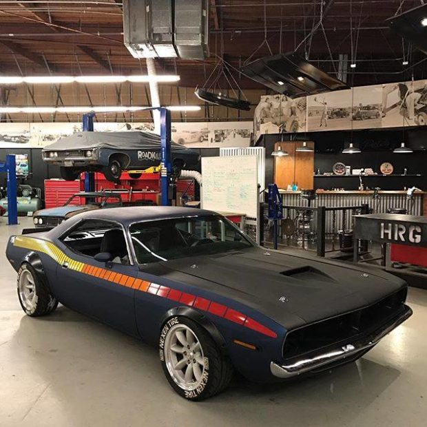 Tony Angelo 1972 Barracuda with a 6.4 L HEMI V8