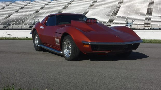 1968 Corvette with a 5.9 L Cummins 6BT diesel inline-six