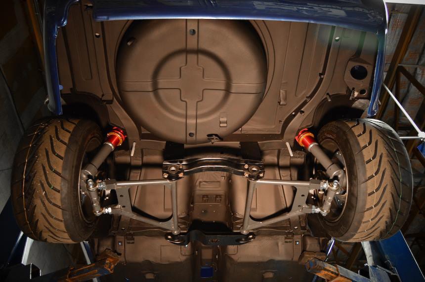 Datsun Z With A Stroked L L Series Inline Six on 240z Rear End Swap