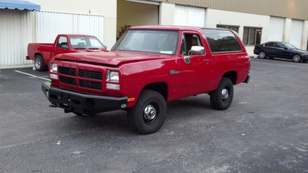 1992 Dodge Ramcharger with a SRT-10 V10