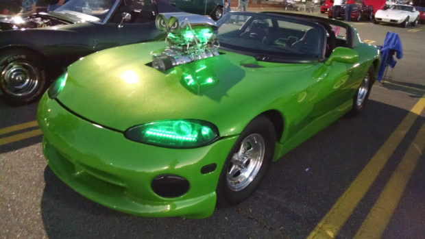 1998 Dodge Viper with a supercharged 427 ci big-block Chevy V8