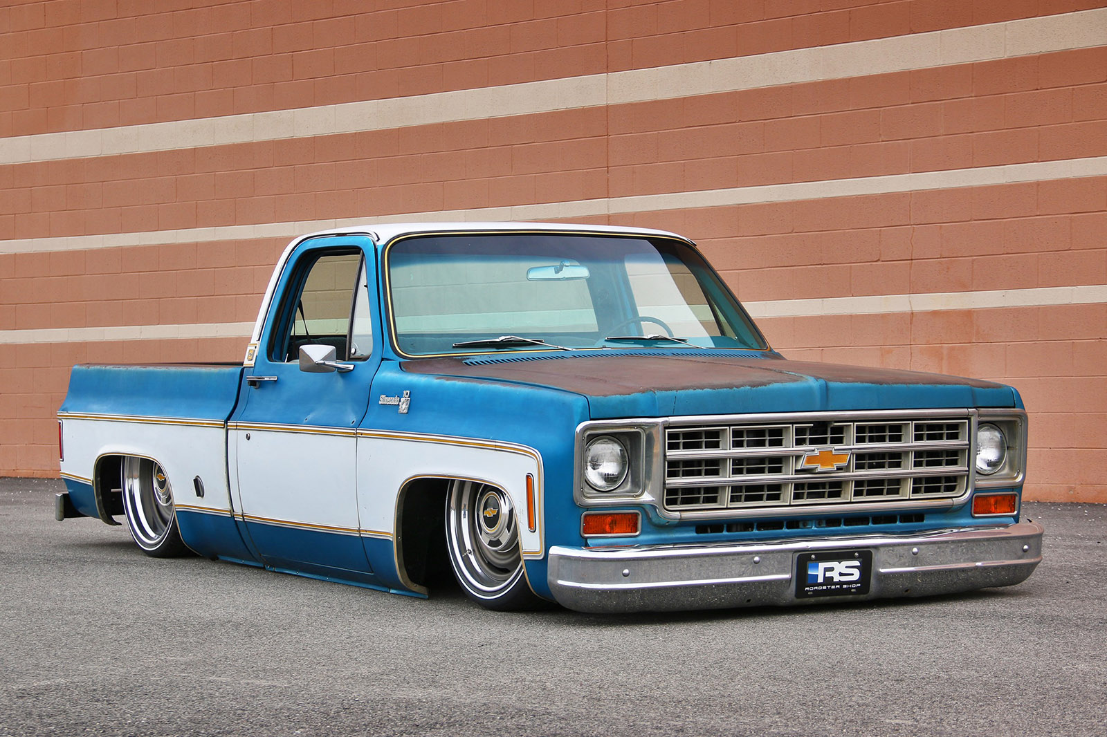 Chevy c10 with a 408 ci lsx engine swap depot their 1973 1987 c10 spec chassis these come in two versions a regular ride height and a slammed version the slammed version will allow you to put the sciox Image collections