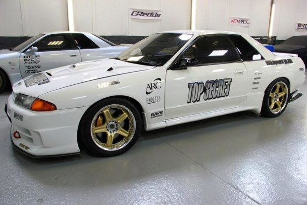 Top Secret Nissan R32 with a VQ32 V6