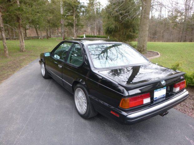 1988 BMW E24 M6 with a S38B36 inline-six