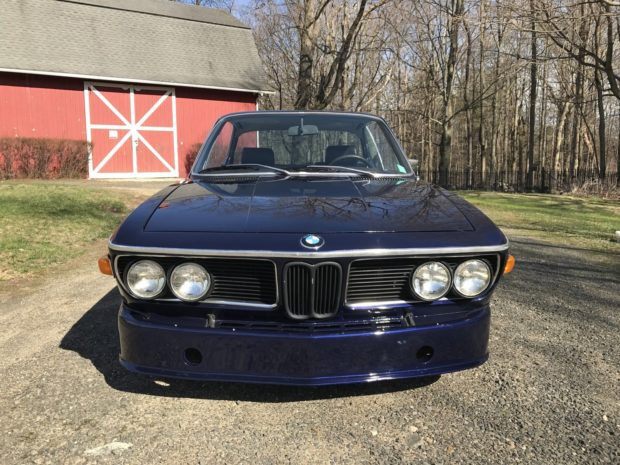 1971 BMW 2800 CS with a M90 Inline-Six