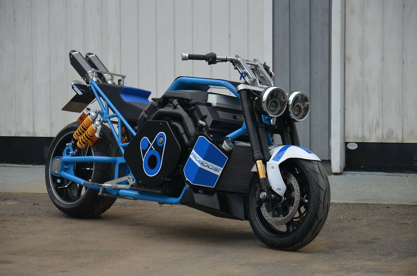 custom motorcycle with a twin turbo bmw v8 update 2 engine swap depot. Black Bedroom Furniture Sets. Home Design Ideas