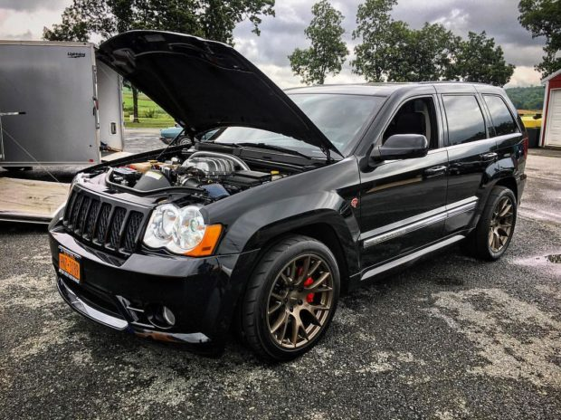 Jeep Grand Cherokee with a Hellcat V8
