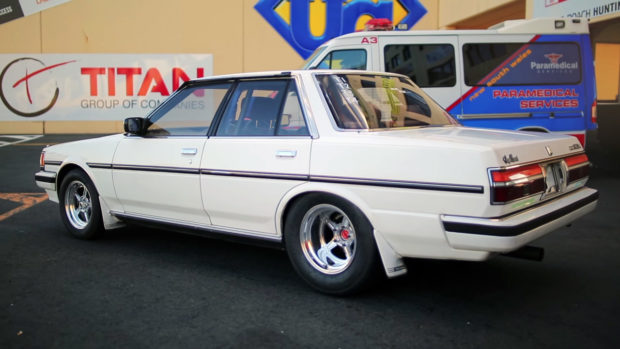 Mighty Car Mods' Toyota Cresta with a Turbo Barra inline-six