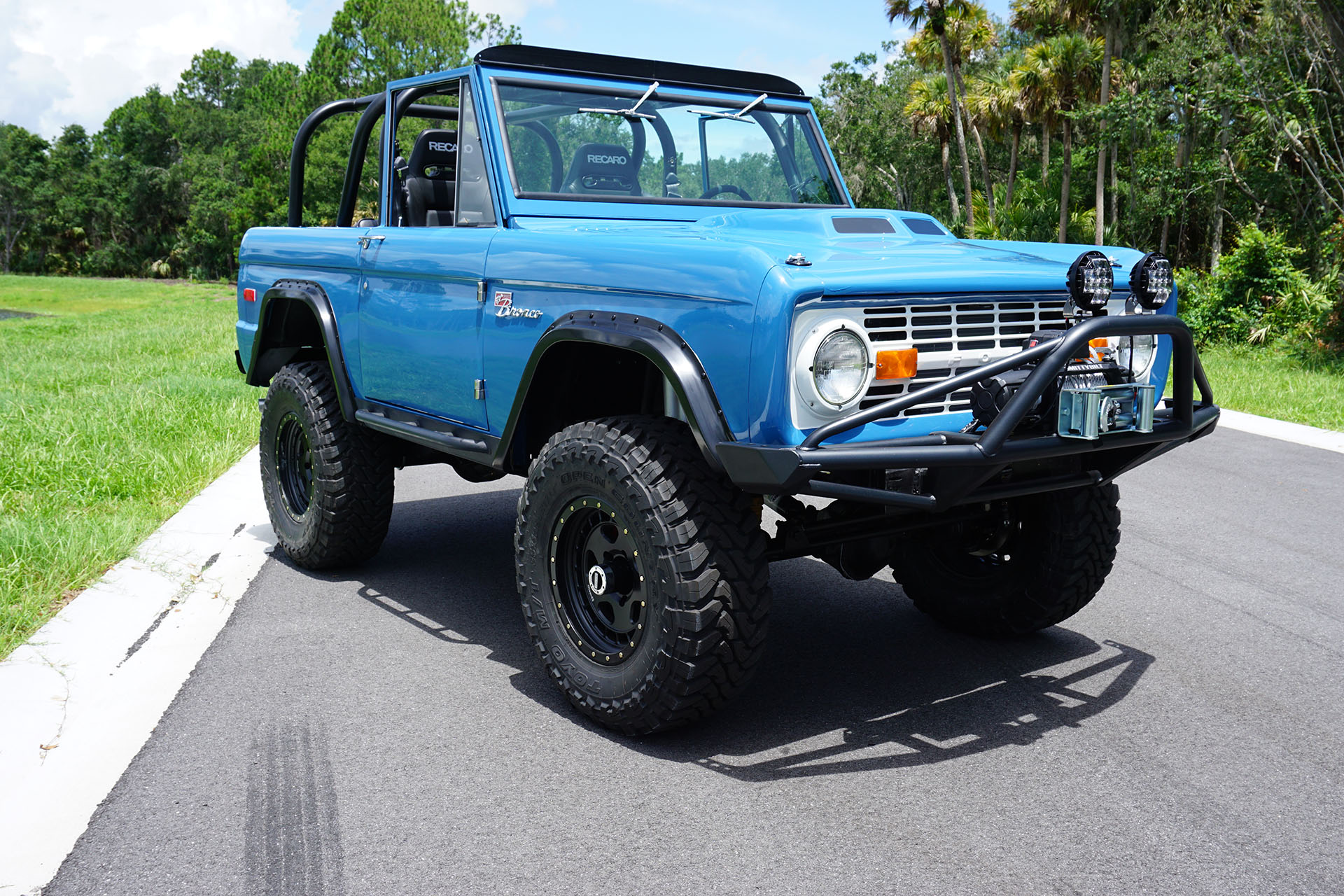 ford bronco with a coyote v8  u2013 engine swap depot