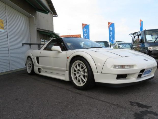 Honda NSX Type R with a C35B V6