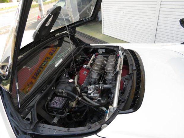 Honda NSX Type R with a C35B V6