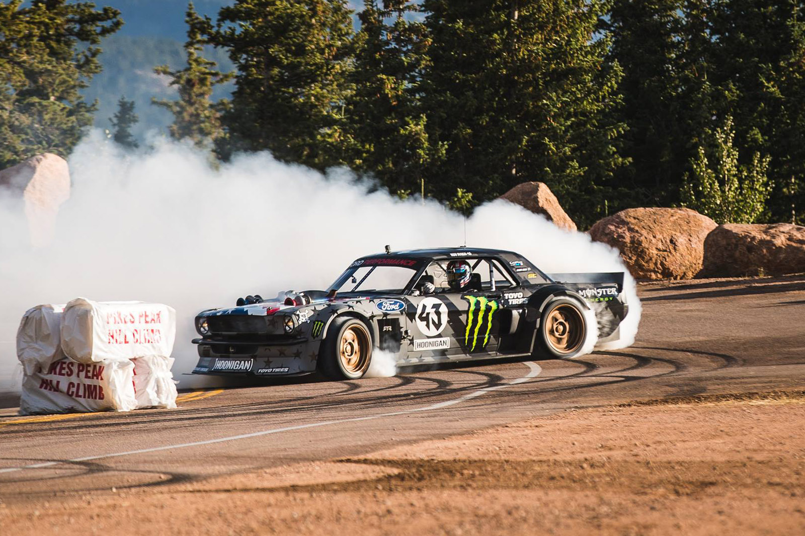 ken block drifts pikes peak in his hoonicorn v2  u2013 engine