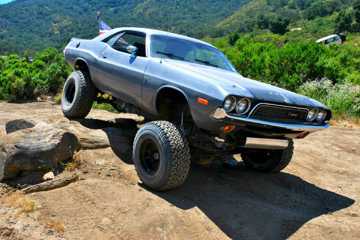 For Sale 1972 Challenger With A Chevy V8 And 4 215 4 Chassis Engine Swap Depot