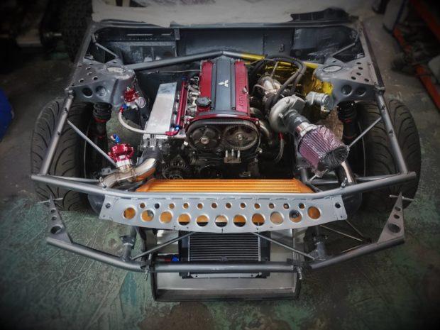 BMW E30 with a Turbo 4G63 Inline-Four