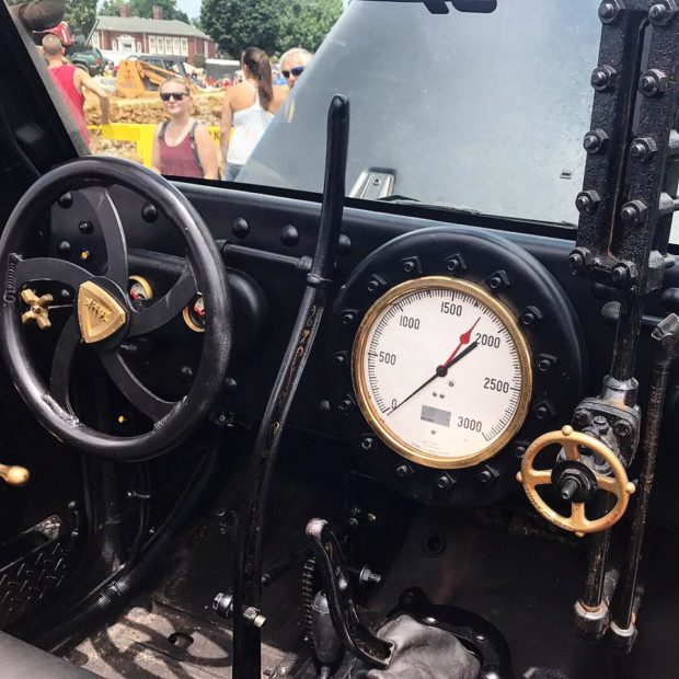 Jeep Wrangler 6x6 with a Steam Engine