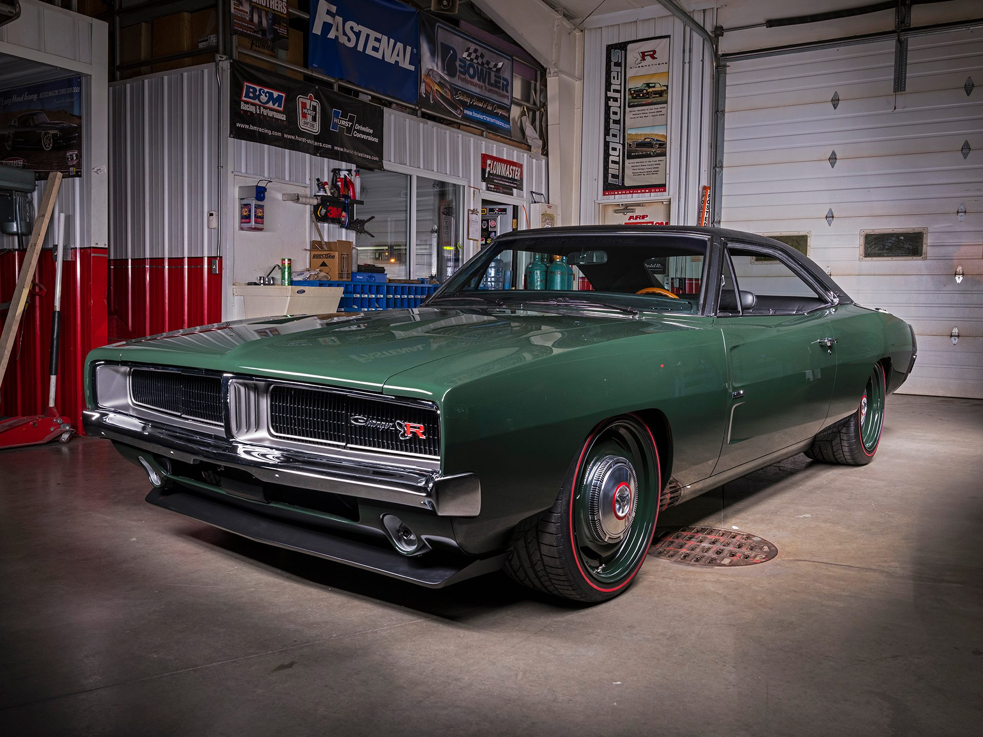 1969 Charger with a 392 ci HEMI V8 – Engine Swap Depot