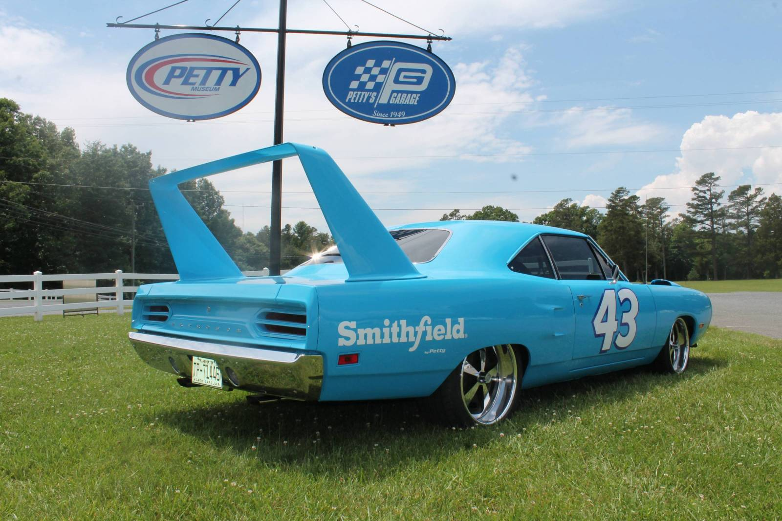 1970 Plymouth Superbird Clone With A 392 Ci Hemi V8