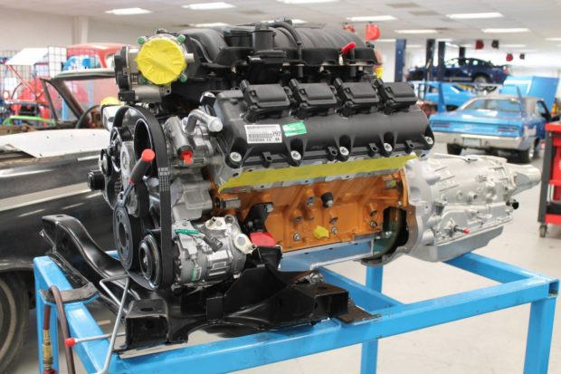6.4 L HEMI V8 and four-speed automatic transmission going in a 1970 Plymouth Superbird Clone