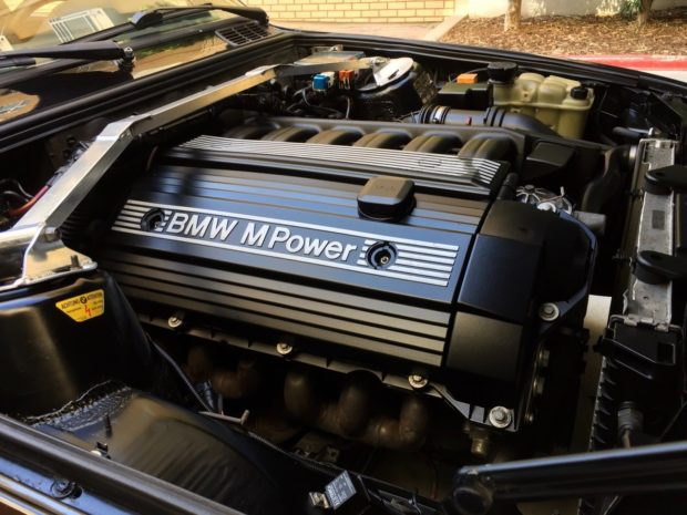 1991 BMW E30 with a S52 Inline-Six