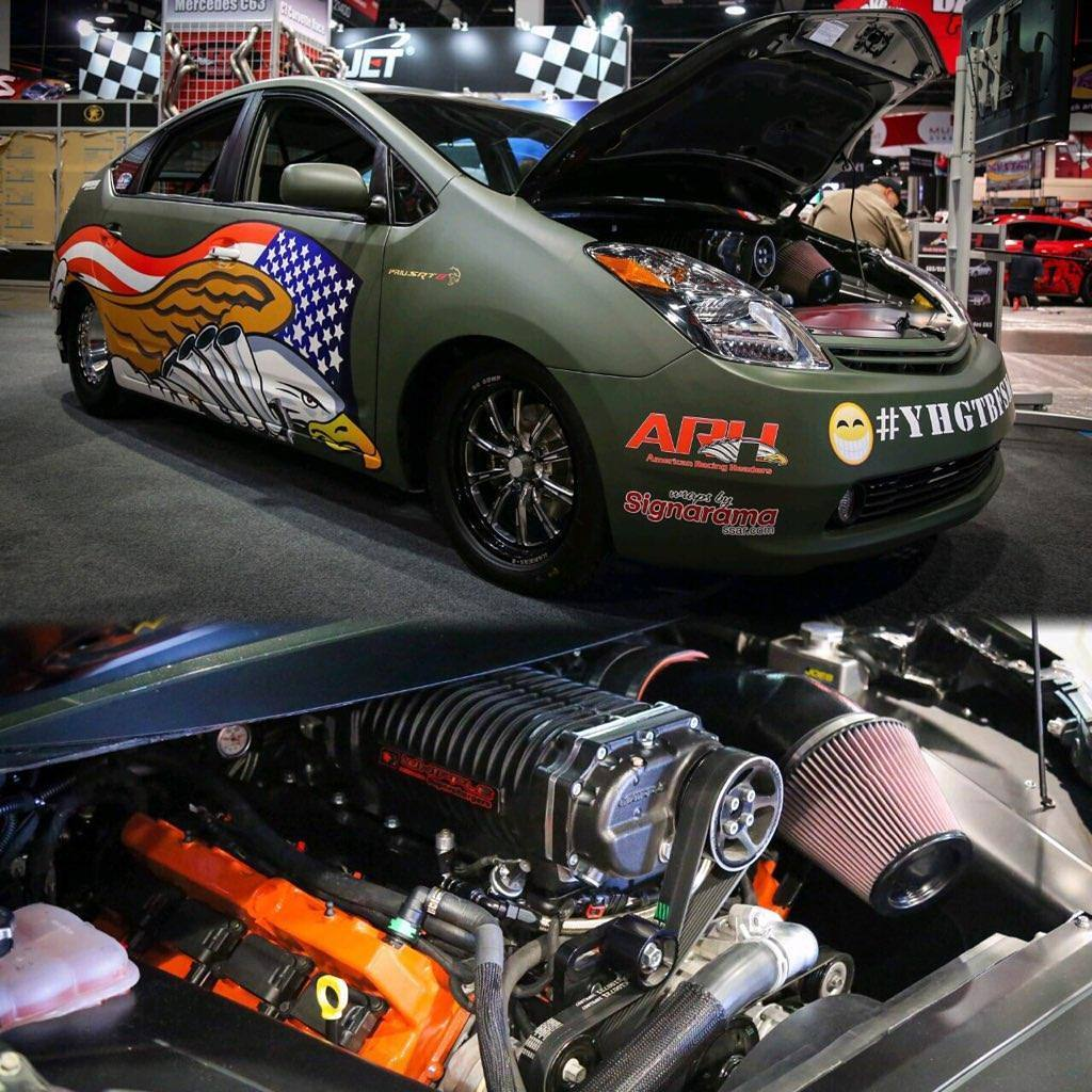 Toyota Prius 4th Generation: Prius With A 1,000 Hp Hellcat V8
