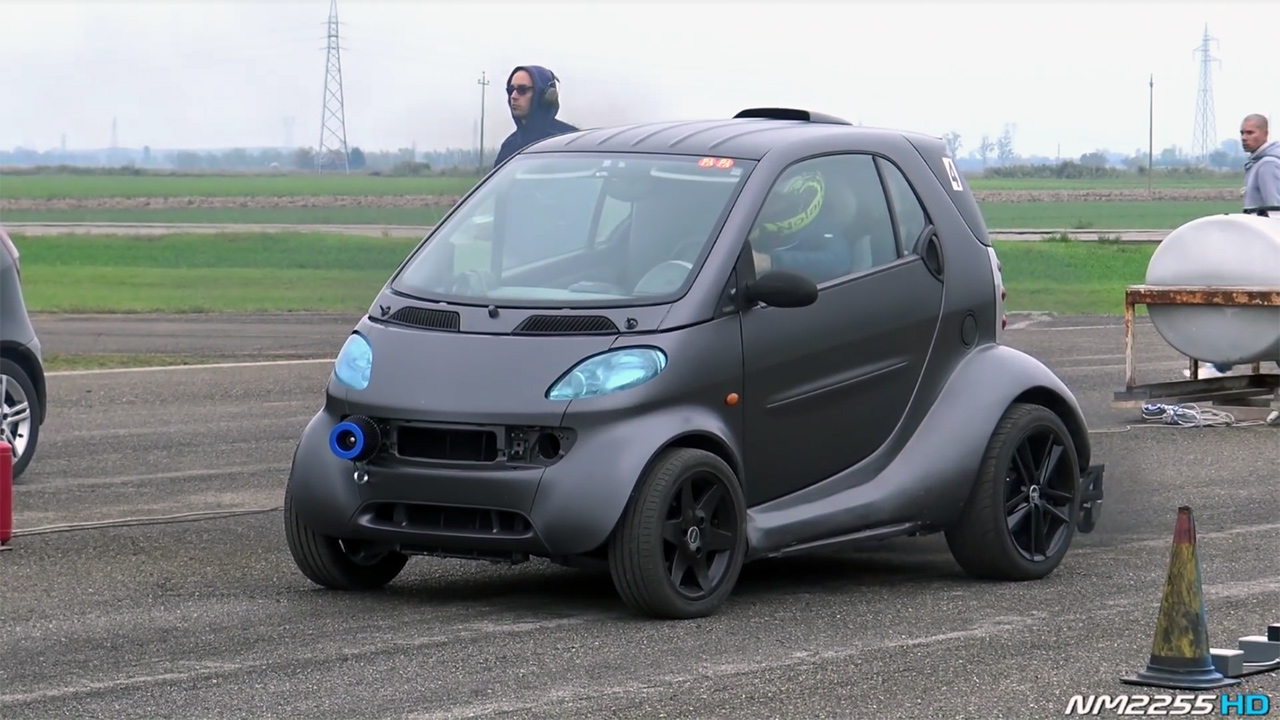 This First Generation Smart Fortwo Was Built By Two Italians And Features A 1 9 L Tdi Inline Four Manual Transmission From