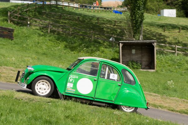 Citroen 2CV6 with a BMW Flat-Twin