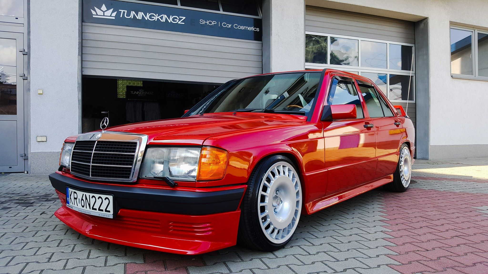 mercedes 190e with a supercharged inline four engine. Black Bedroom Furniture Sets. Home Design Ideas