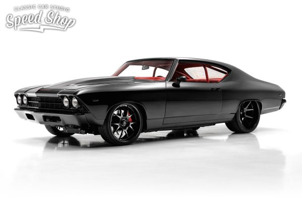 1969 Chevelle with a superchaged 406 ci SBC V8