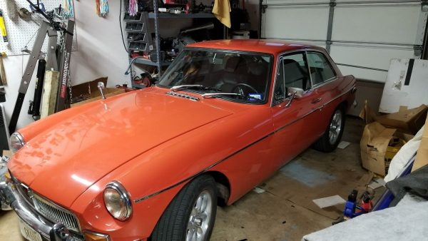 1971 MGB with a Honda F20C Inline-Four