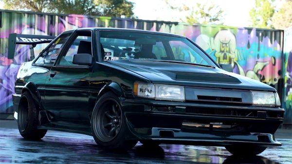 Toyota AE86 with a 20v 4A-GE Inline-Four