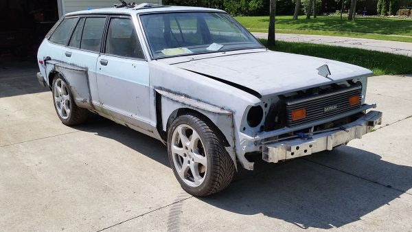 1980 Datsun 210 with Infiniti G35 powertrain and suspension