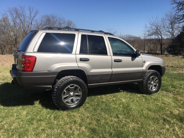 2001 Grand Cherokee with a Cummins B3.3 Turbo Diesel
