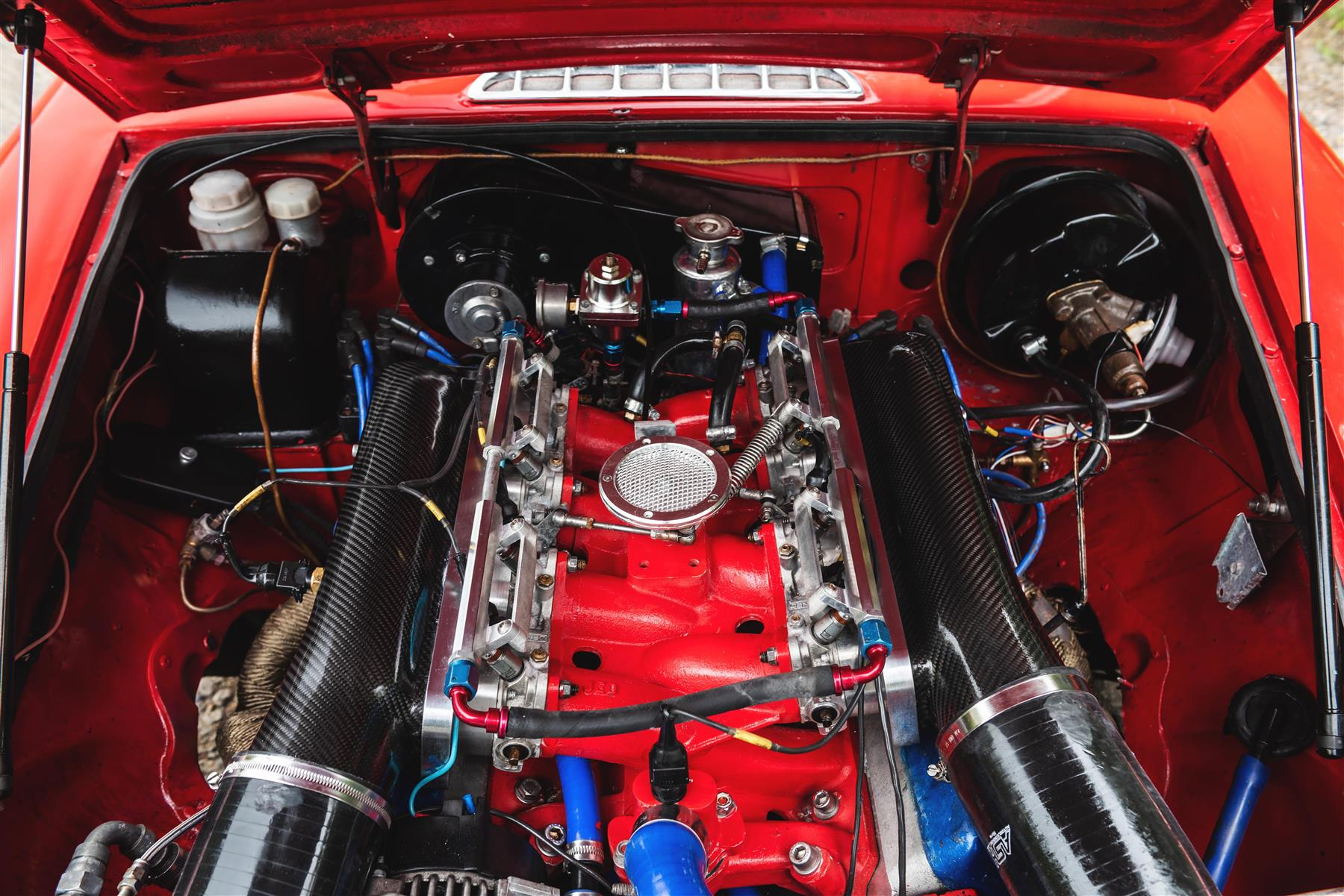 For Sale: 1977 MGB GT with a 4 0 L Rover V8 – Engine Swap Depot