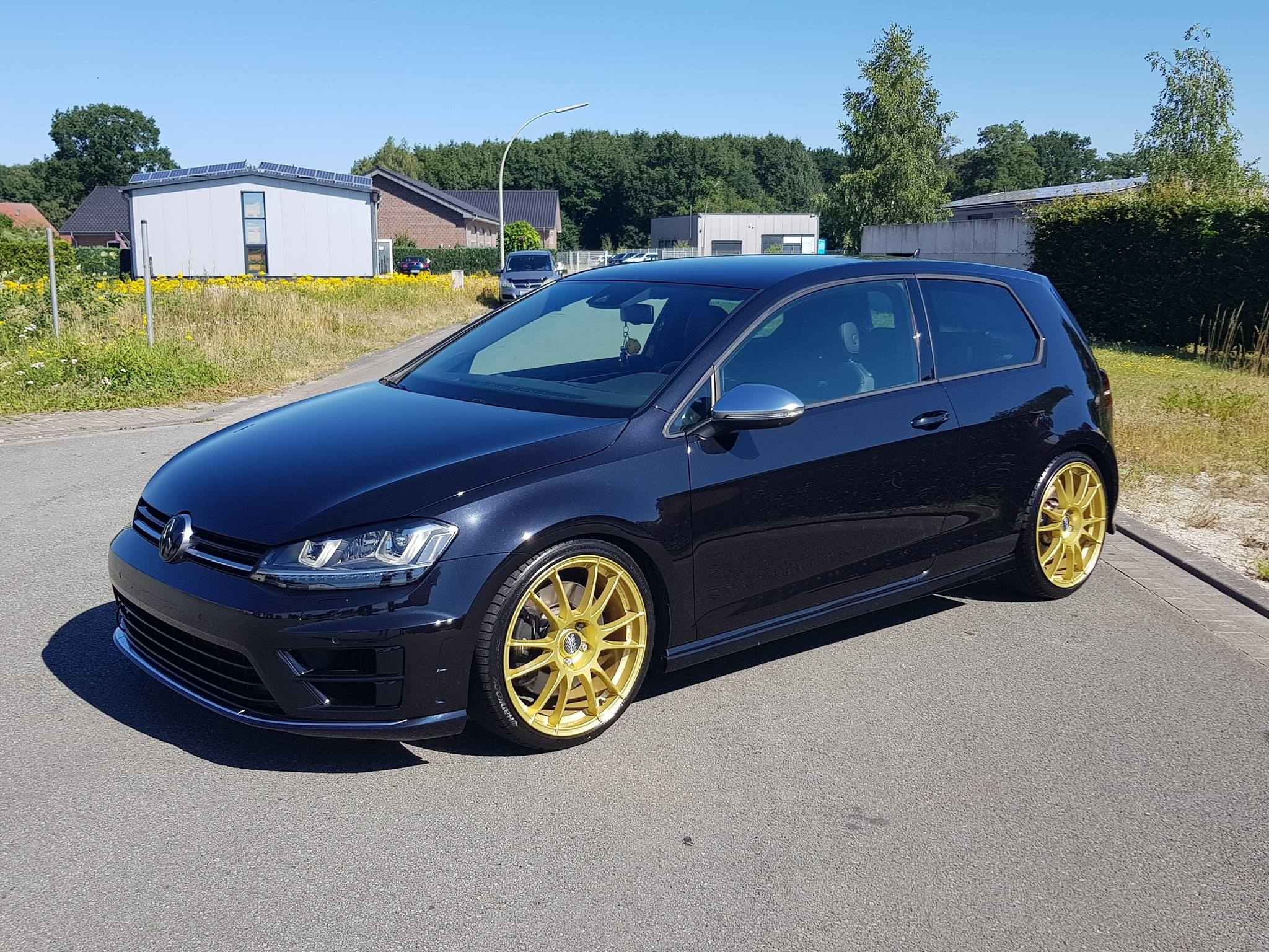 Golf R Mk7 With A 25 L Tfsi Inline Five Engine Swap Depot Volkswagen Wiring Harness This Vw Was Built By Mtr Performance And Sar Turbotechnik In Germany They Replaced The Factory Turbocharged 20 Fsi Four