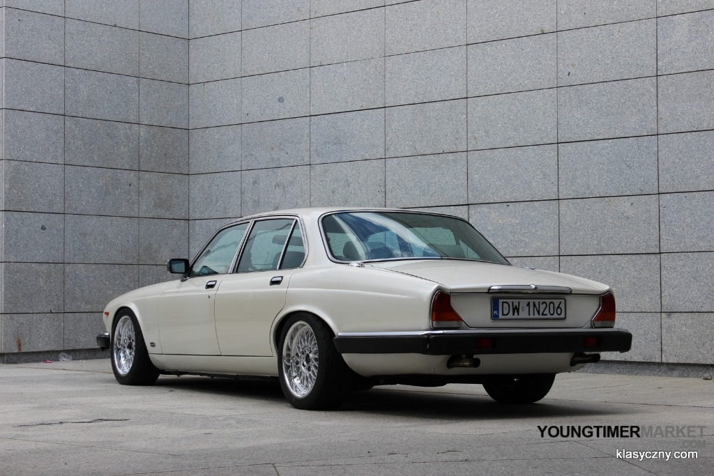For Sale: 1981 Jaguar XJ with a Turbo 1JZ Inline-Six - engineswapdepot.com