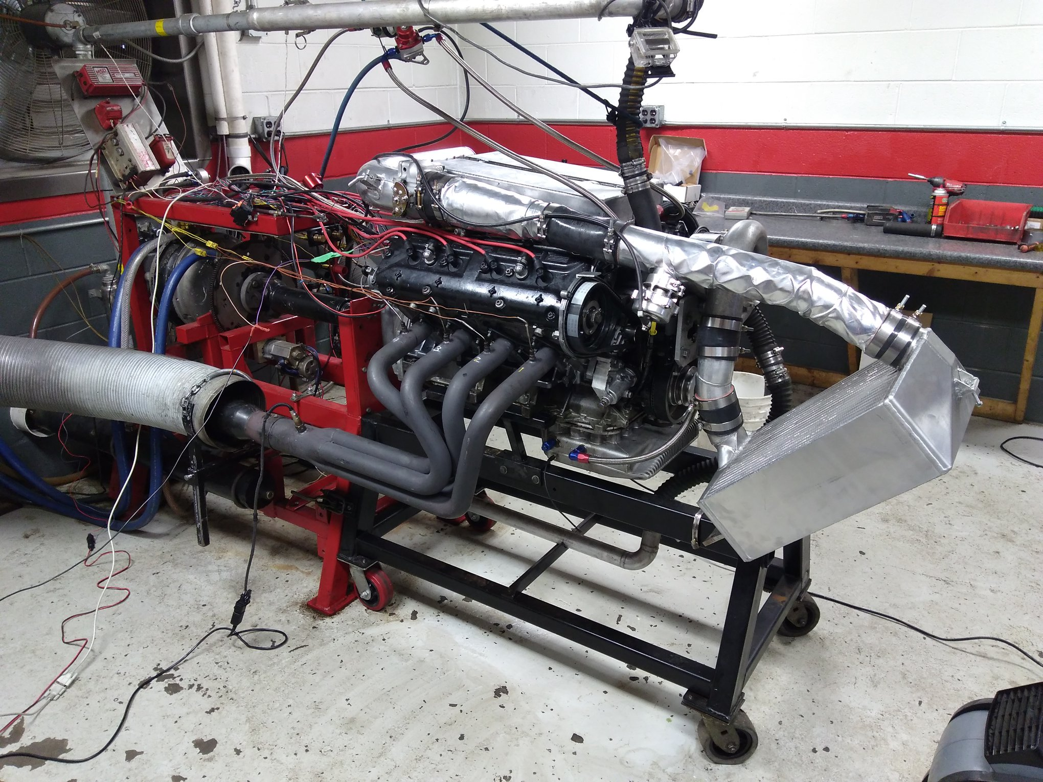 Supercharged Porsche 400 ci V8 Makes 897 hp on Dyno – Engine Swap Depot