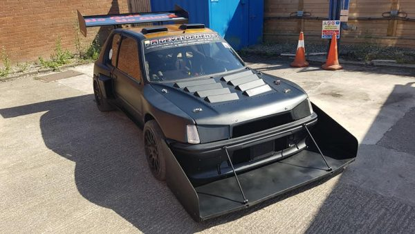 Peugeot 205 GTI with two V6 engines