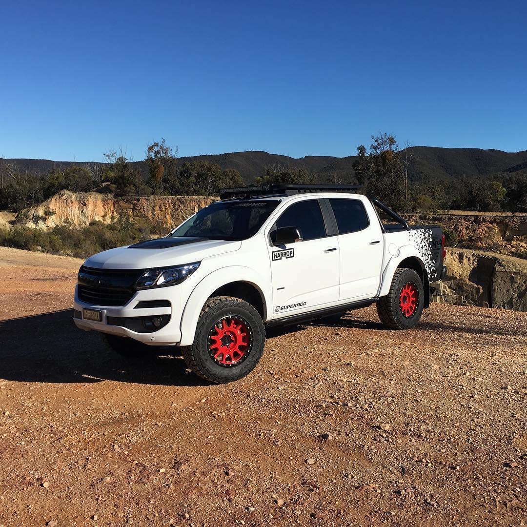 Holden Colorado with a LSA V8 – Engine Swap Depot