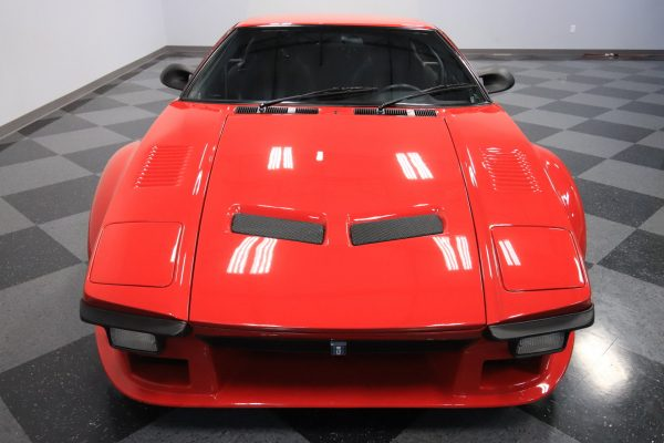 1973 Pantera with a 427 ci Windsor V8