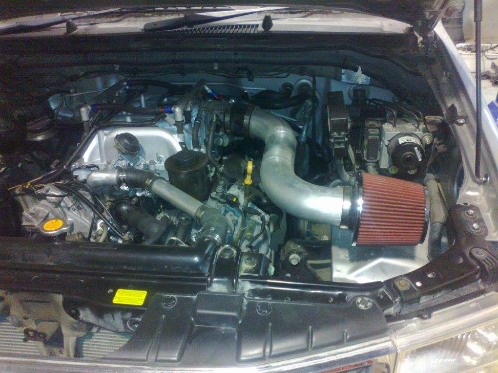 2007 Navara with a VK45 V8 – Engine Swap Depot