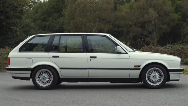 BMW E30 Wagon with a Supercharged M62 V8