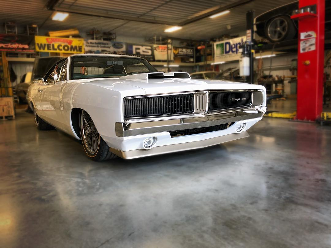 1969 Charger with a 426 ci Hemi V8 – Engine Swap Depot