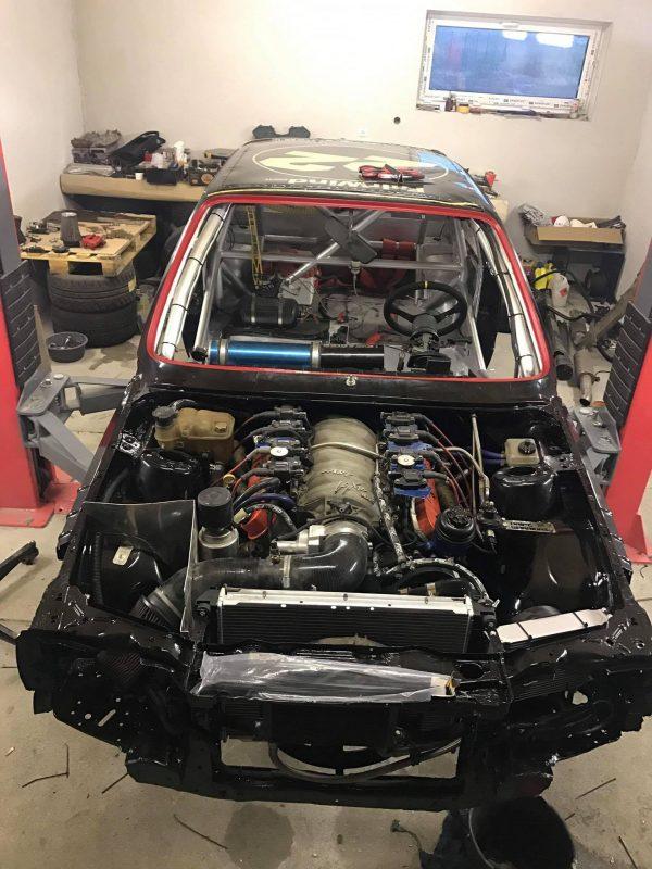 BMW E30 with a 7.4 L LSx V8