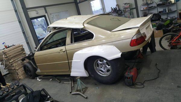 BMW E46 with a twin-turbo M50 inline-six