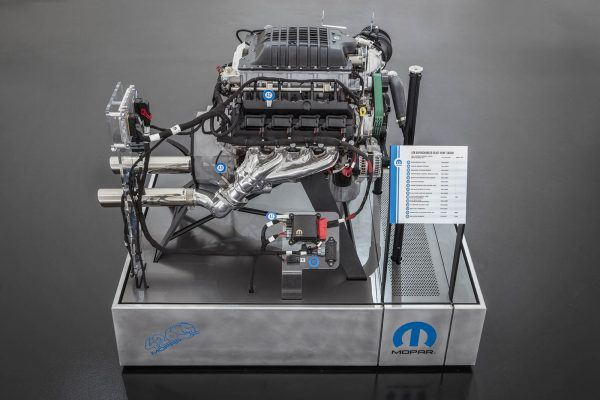 Hellaphant supercharged 426 ci V8 crate engine