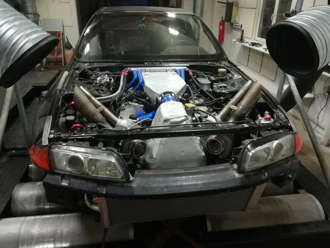 Nissan R32 GTR with a 1700 hp Twin-Turbo VK56 V8 – Engine Swap Depot