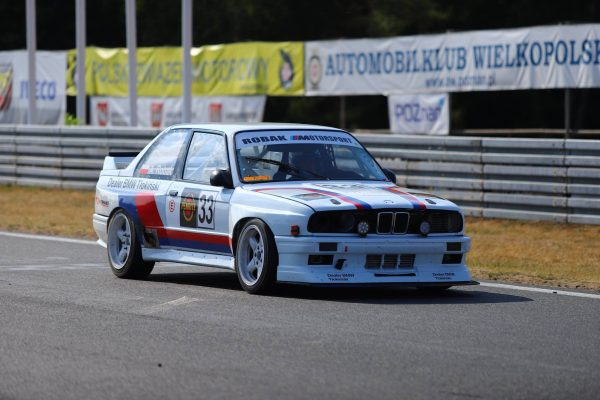 BMW E30 with a 2.0 L B47 diesel inline-four