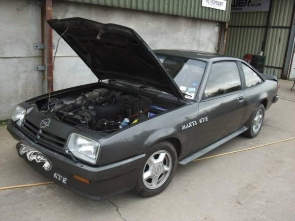 Opel Manta 400 with a RB25DET inline-six