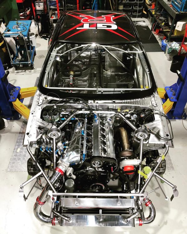 Nissan R32 GTR with a turbo 2.8 L RB26 inline-six