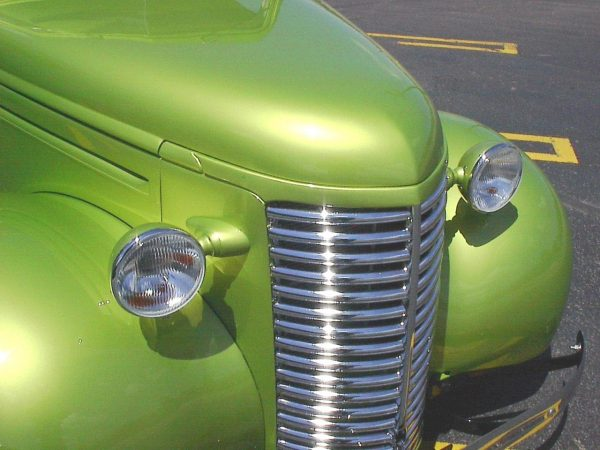 1939 Chevy truck with a SBC V8